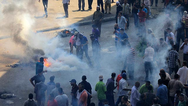 How should WH respond to violence raging in Egypt?