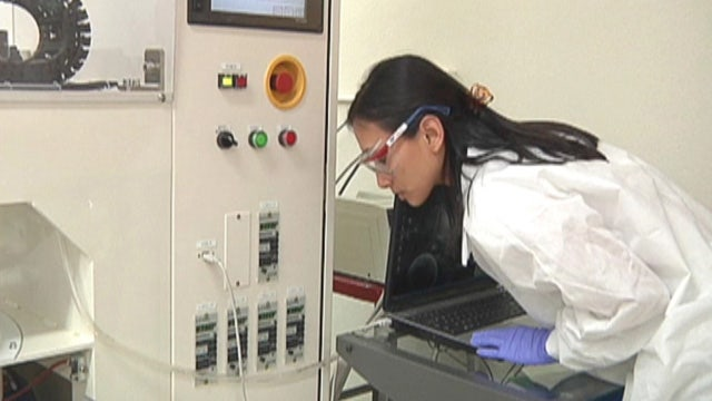 As the nation puts more focus on STEM education, Arizona is slowly surging to the top of the class. Aalia Shaheed shows the differences between Tucson and Phoenix