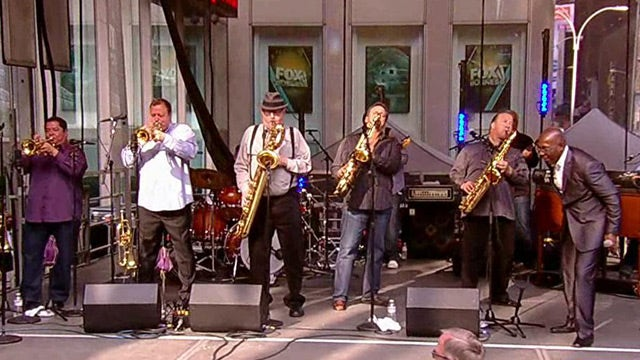 Tower of Power performs 'What Is Hip?'
