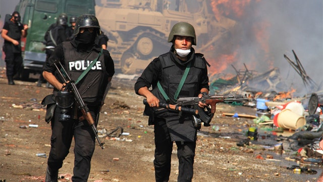 Death toll rises to over 700 in Egypt