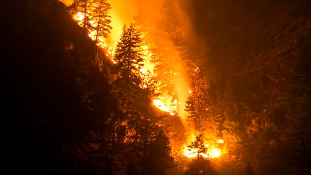 Idaho wildfire forces more home evacuations