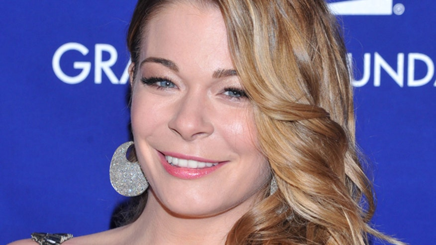 LeAnn Rimes romps in a bikini at a birthday party, plus teachers who want sugar daddies, and Sharon and Kim's new business venture.