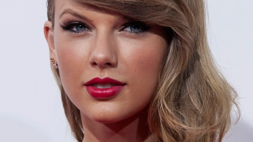 "Taylor Swift announces her ""first documented pop album""; Brad Paisley leaks album track in space; new music from Kenny Chesney, Randy Travis, Chase Rice, Ray Stevens and ""Nashville Outlaws""; Justin Moore performs our featured song."