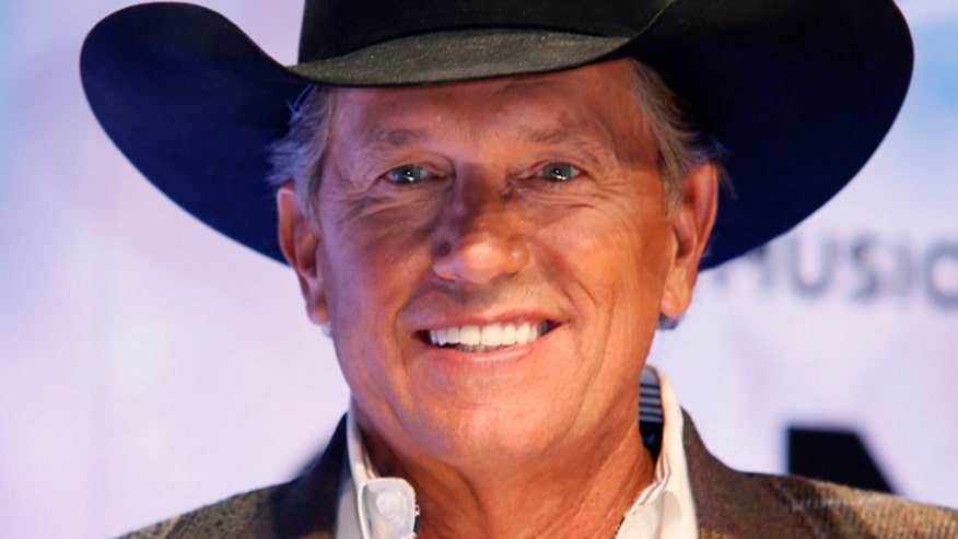 George Strait plans live album