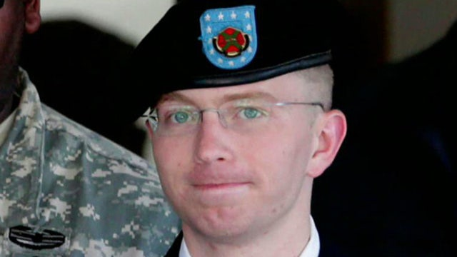 Manning sentenced to 35 years in prison for Wikileaks case