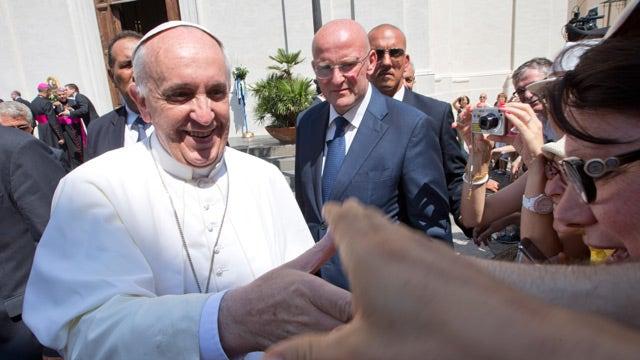 Pope Francis calls unsuspecting strangers