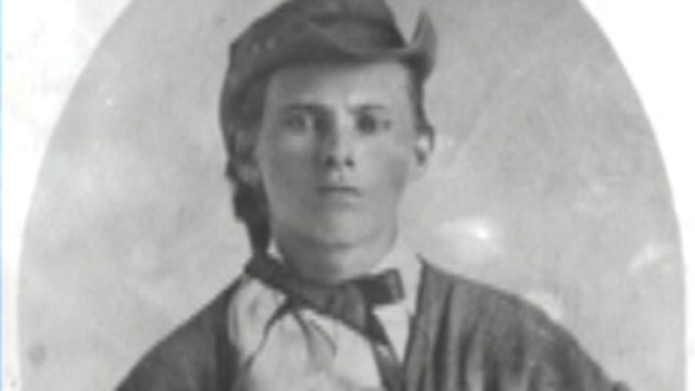 Small town fights big crime: Inside manhunt for Jesse James