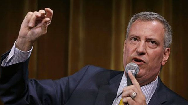 Poll: De Blasio surging in New York mayoral race