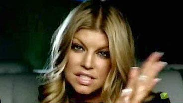 Fergie goes completely nude on Instagram