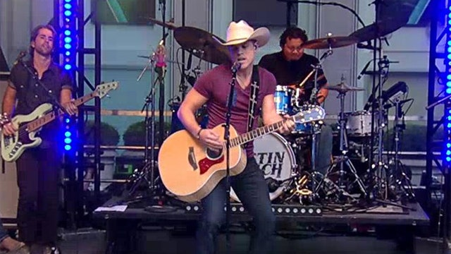 After the Show Show: Dustin Lynch