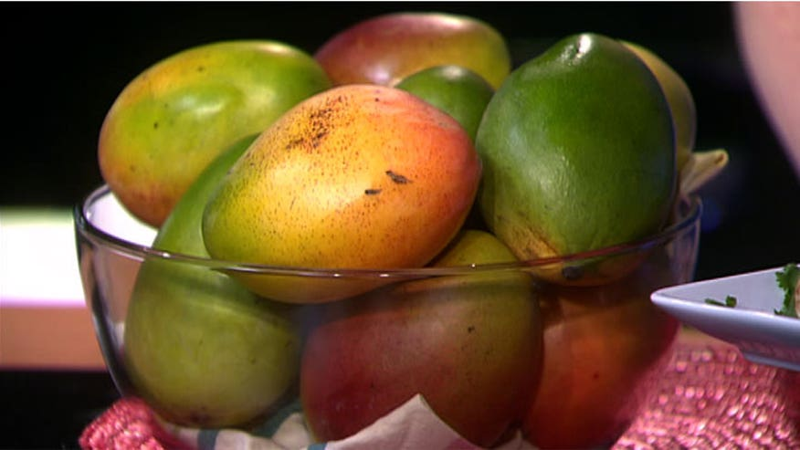 Clinton Kelly shares some delicious mango recipes.
