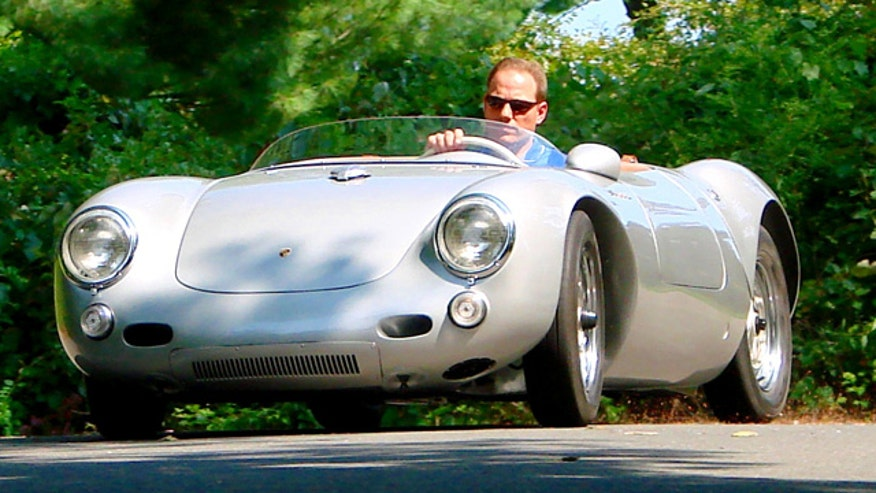 Fox Car Report drives Spyder Creations' exact duplicate of Porsche's iconic 550 Spyder.
