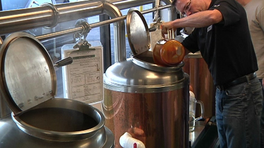 Beer, wine, champagne, old-fashioned soda... Incredibrew lets you brew it all!