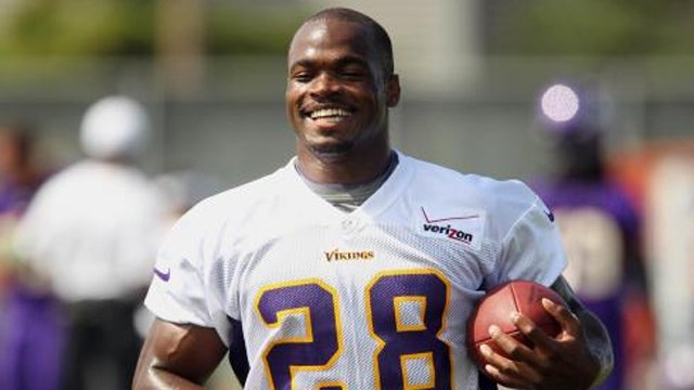 Minnesota Vikings reinstate Peterson after abuse charge