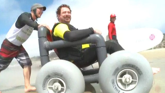 Wounded warriors catch some waves