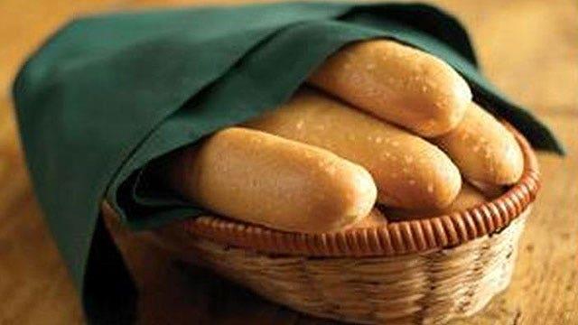 What makes Olive Garden breadsticks so good?