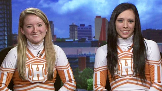 Cheerleaders defying ban on school prayer in Tennessee