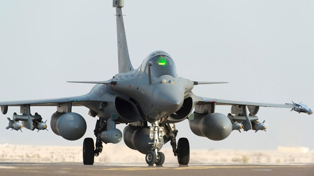 France launches first airstrike against ISIS in Iraq, Hollande's office says
