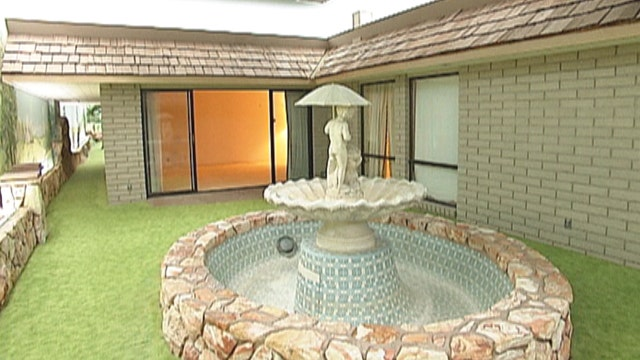 underground home. Live the low life  Underground home for sale in Las Vegas Fox News Video