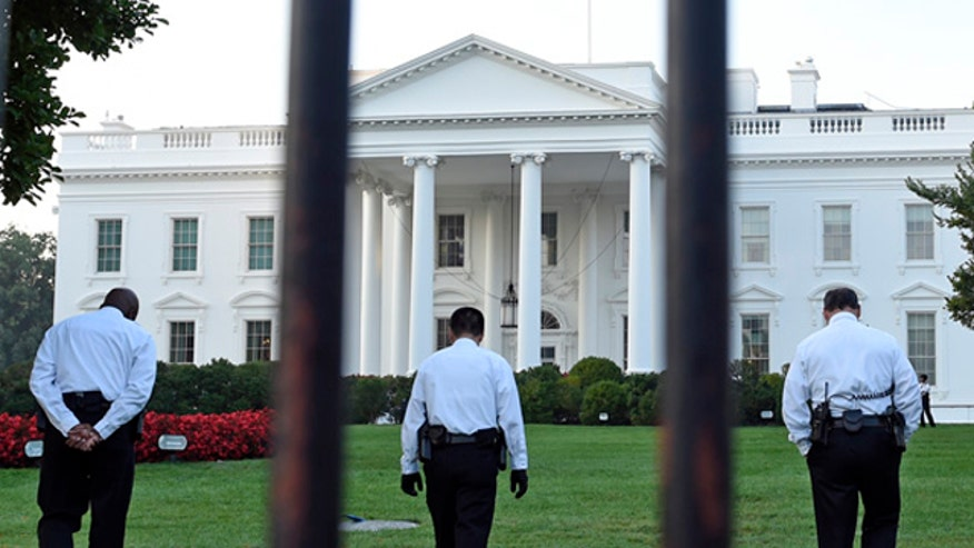 'Off the Record,' 9/22/14: Checkpoints? Expanding the perimeter outside the White House? The Secret Service isn't doing its job, and their solution is to punish YOU!
