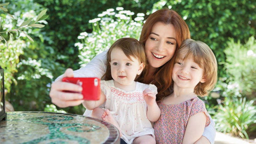 "When actress Alyson Hannigan's two daughters aren't feeling well, she can tell because they aren't smiling. Now she's helping to raise money for the Children's Health Fund to bring healthy, ""feel better"" smiles to underprivileged kids across the country"