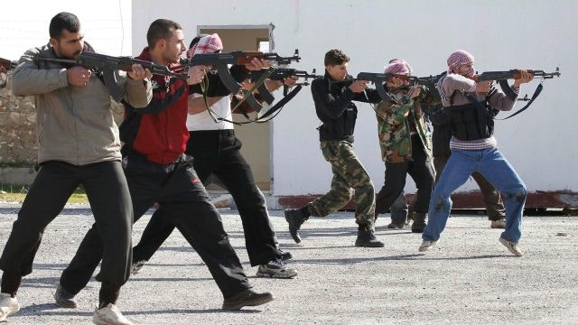 Challenges facing the US in training the Syrian rebels