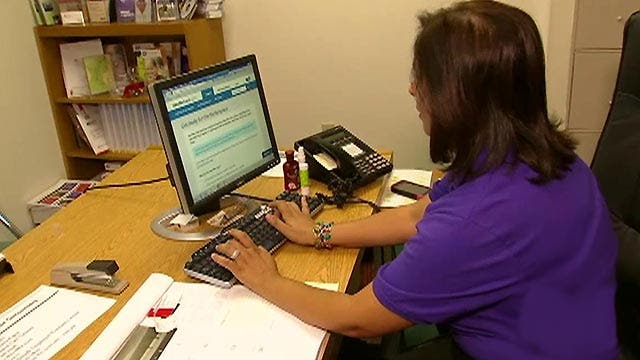 Automatically re-enrolling in ObamaCare could pose dangers ...