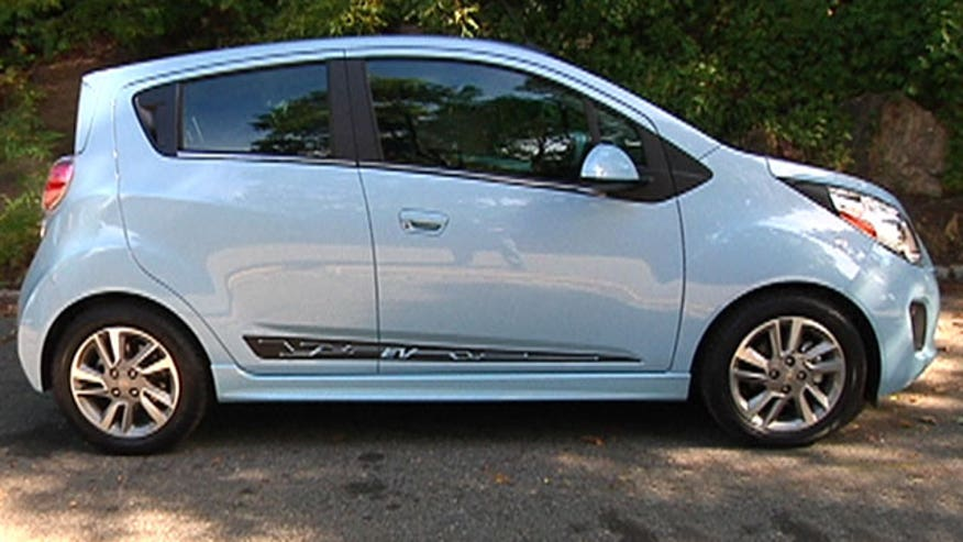 Fox Car Report drives the battery-powered 2014 Chevrolet Spark EV.
