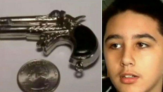 7th grader suspended for small gun keychain