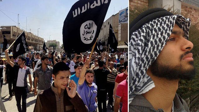 Illinois teen charged with trying to join ISIS
