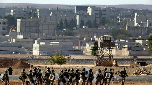 Kurdish fighters struggle to drive ISIS out of Kobani
