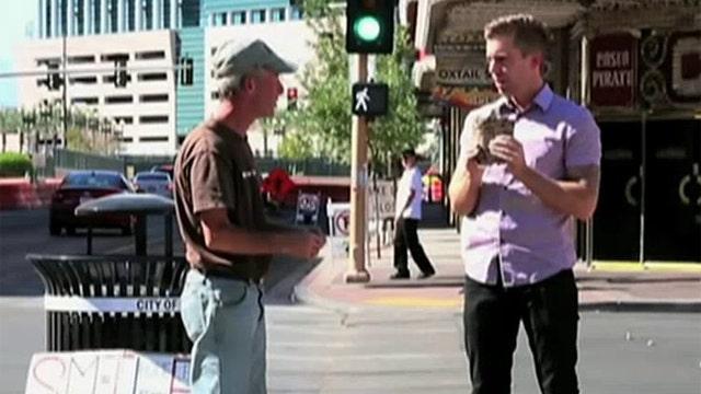 Las Vegas magician stuns homeless veteran