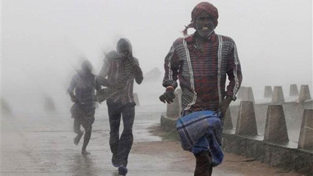 Cyclone in India kills nearly two dozen people