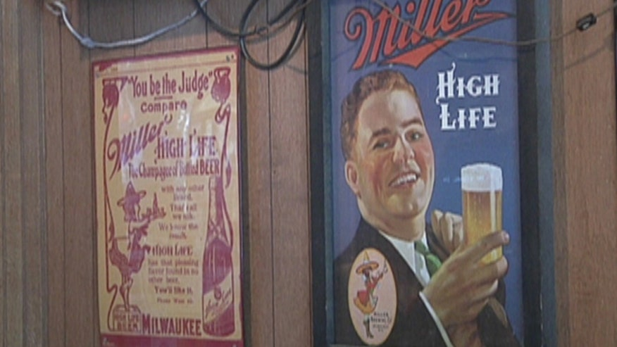This bar in Iowa serves up favorites from half a century ago