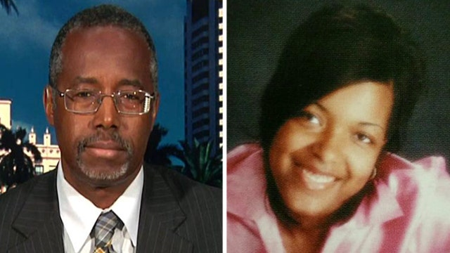 Dr. Carson: Gov't in process of botching Ebola handling