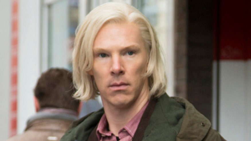 Ashley Dvorkin and Justin Craig review Benedict Cumberbatch as Julian Assange in 'The Fifth Estate' and the gut-wrenching biopic '12 Years a Slave'
