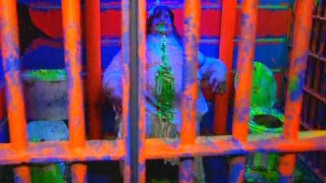 Slash's sneak peek at Halloween Horror Nights Maze