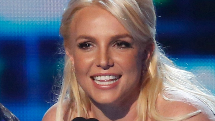 Britney Spears inks new Vegas deal