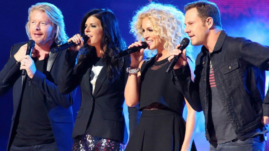 Country group Little Big Town plays 'Know Your Bandmate' with FOX411 Country.