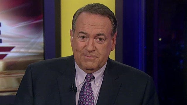 Huckabee: Why don't we help people get to a maximum wage?
