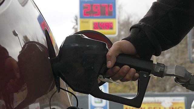 Bank on This: Gas prices drop