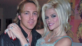 E! special chronicles the historically private lives of Larry Birkhead and 7-year-old Dannielynn