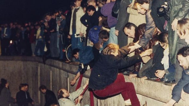 Fears of new Cold War 25 years after fall of Berlin Wall