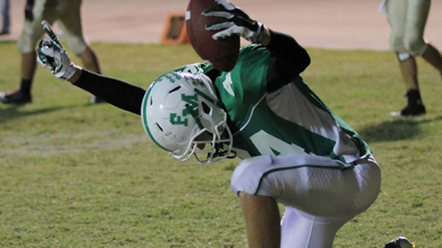 End zone prayer earns Florida high school football player an unsportsmanlike conduct flag