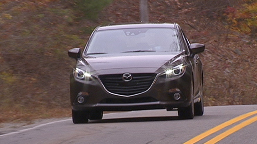 Fox Car Report drives the 2014 Mazda3.