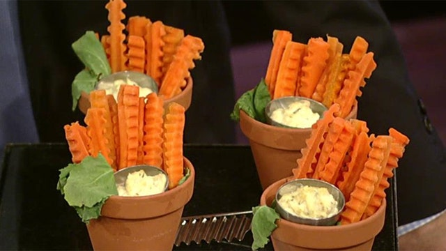 Tasty Thanksgiving treats for the kids' table