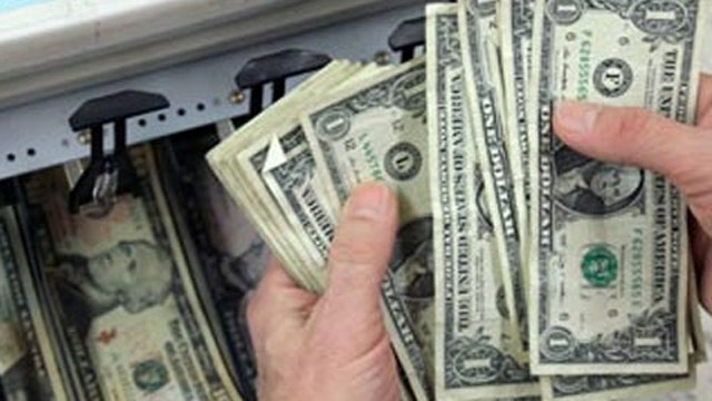 Should small businesses give holiday bonuses?