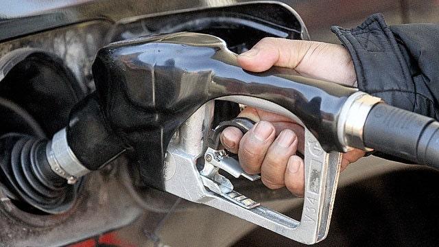 New calls to raise federal gas tax fuel fierce debate