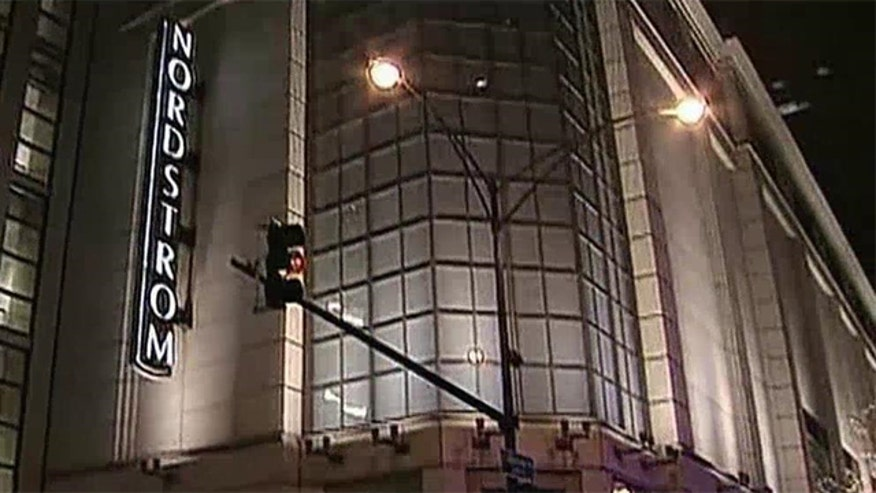 Man shoots girlfriend, kills himself at Chicago Nordstrom's