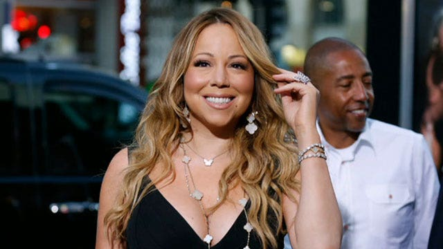Mariah Carey fumbles in lip-synch fail